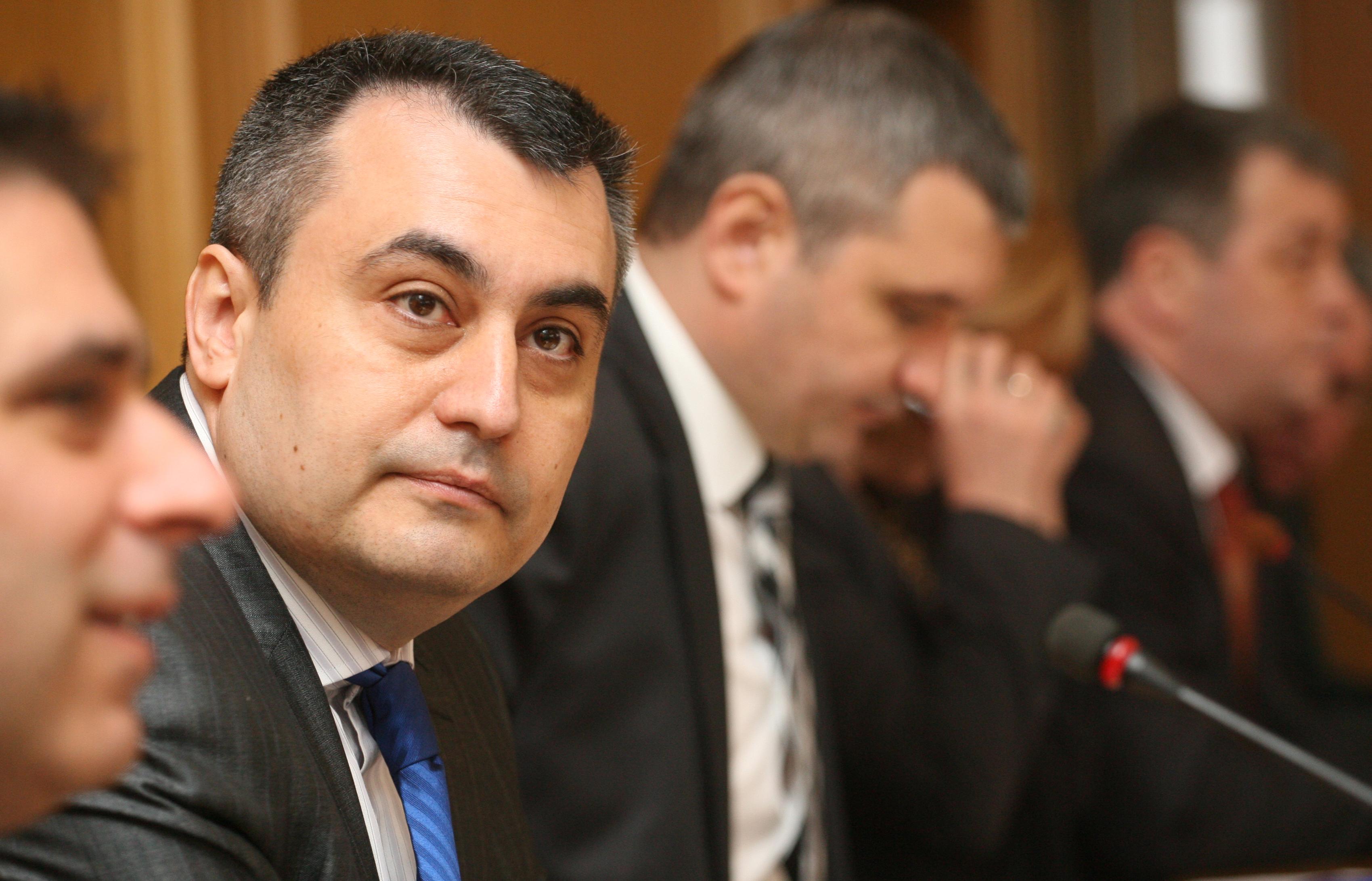 Николай Кокинов подаде оставка, записите не са законни СРС