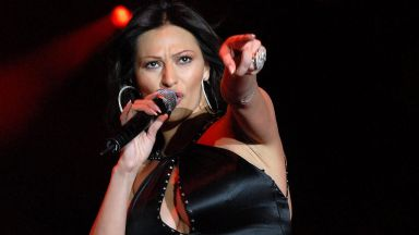 Албания забрани на телевизията да излъчва песни на Цеца Величкович