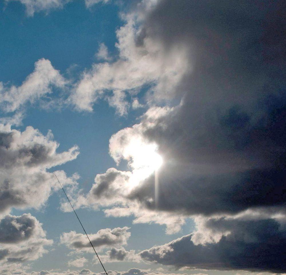 Слънчево в страната, повече облаци - по морския бряг