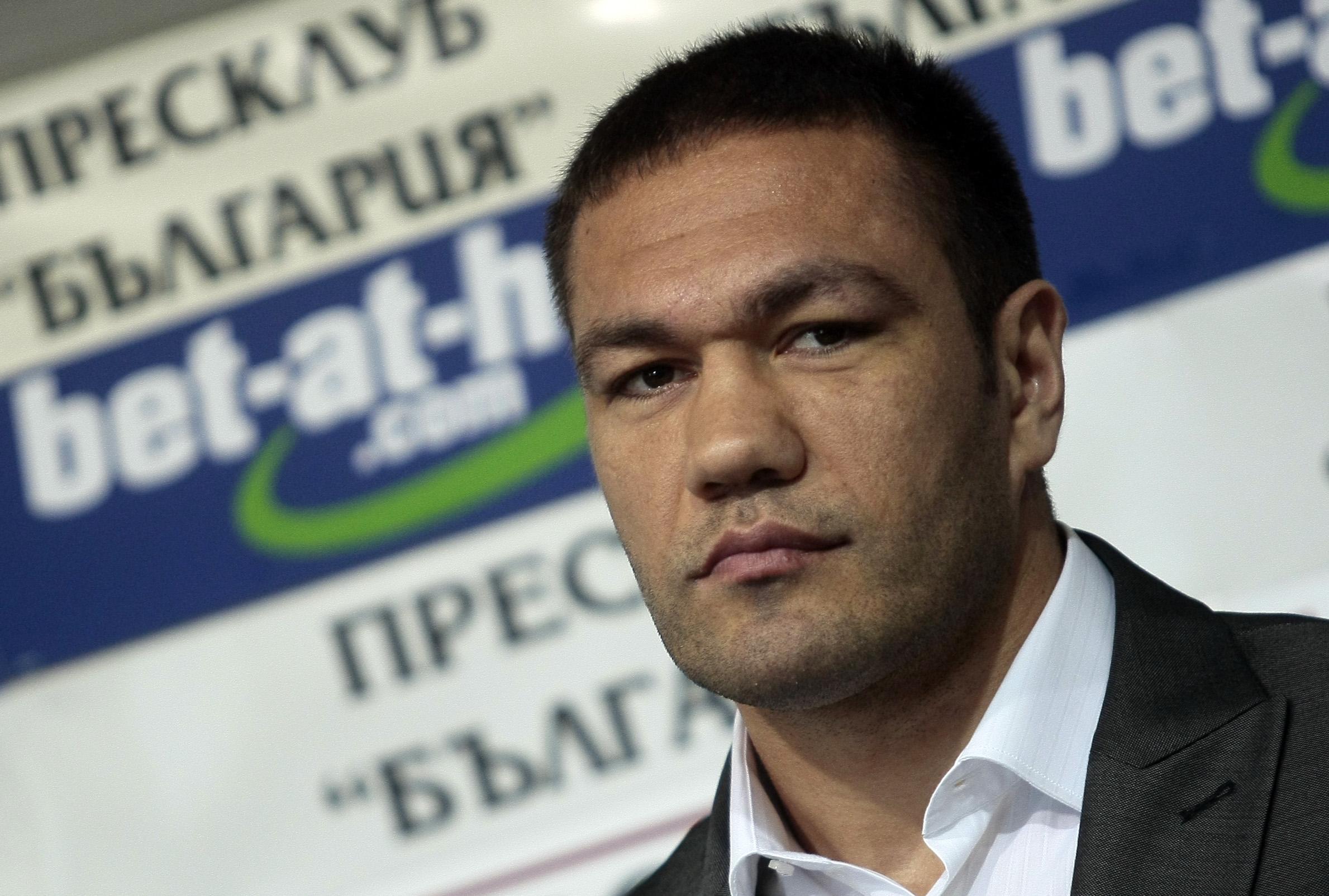 Фюри ще чисти грешките за Пулев, преговарят за мач през юли