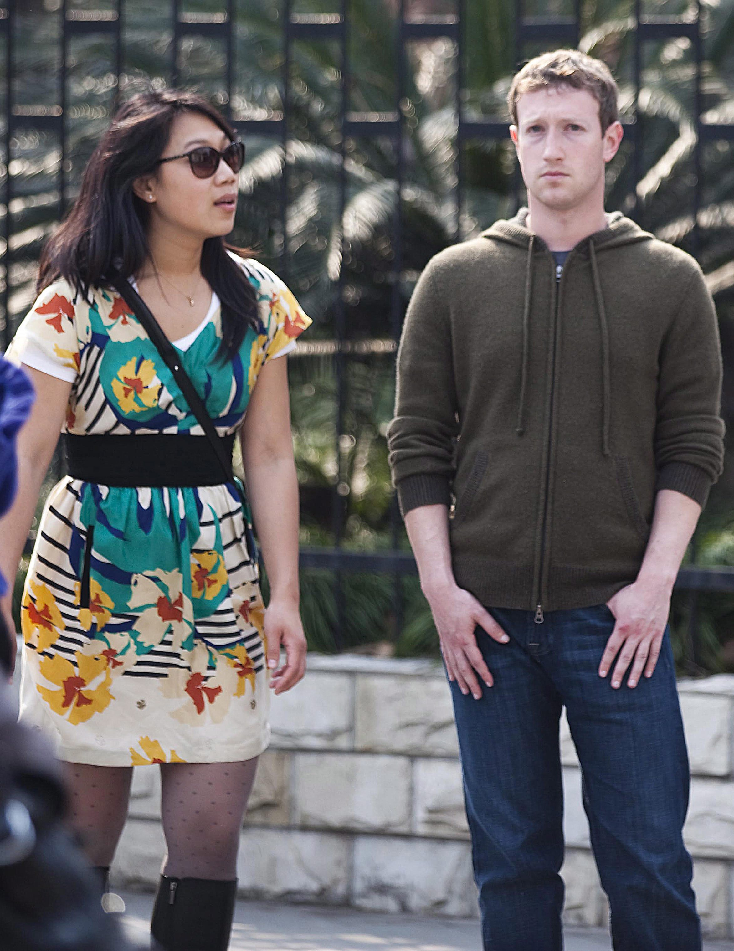 Собственикът на Фейсбук и жена му смайват с пестеливост
