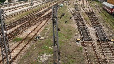 Стрелочник загина при маневра във Варна