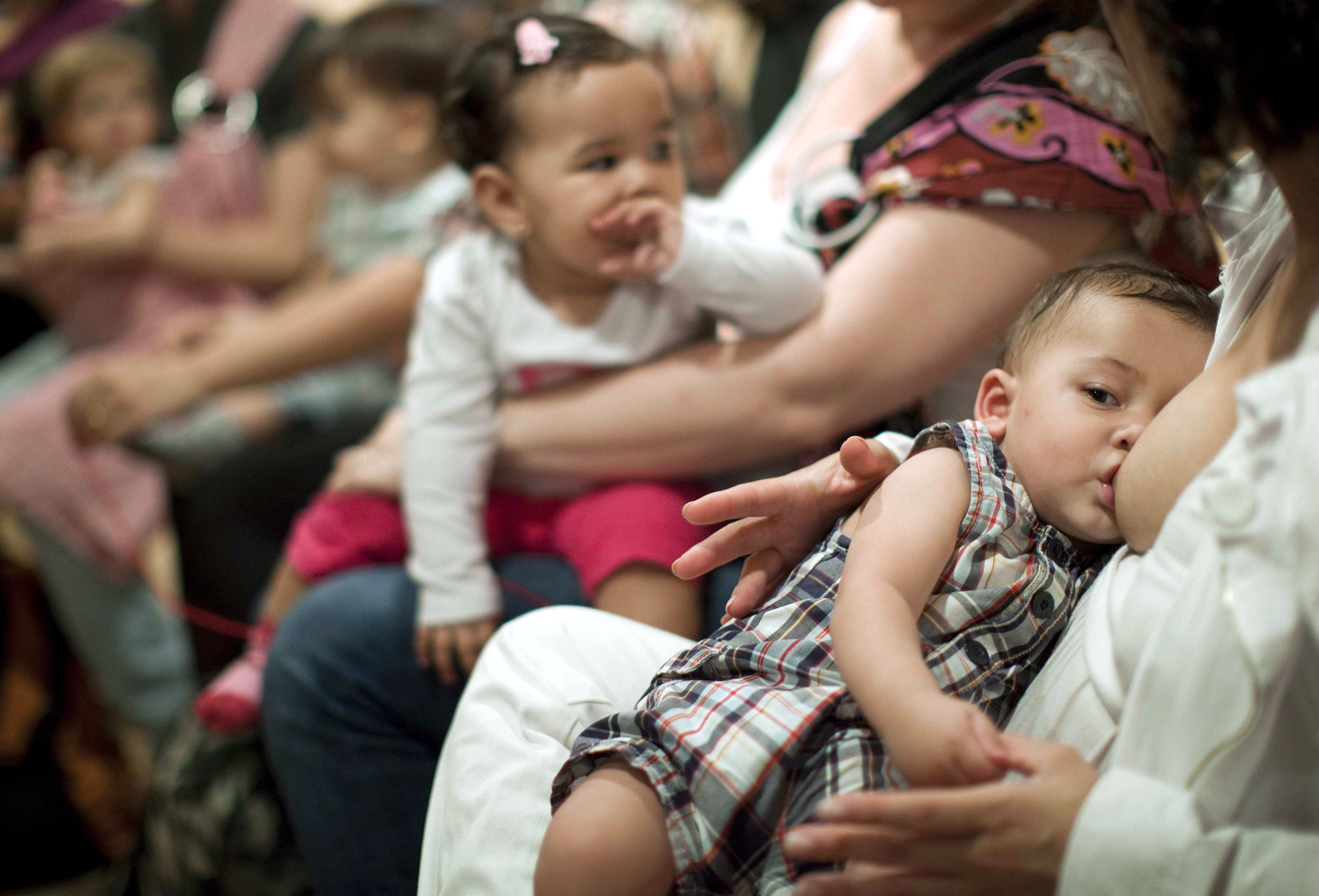 Кърменето предпазва децата от депресия