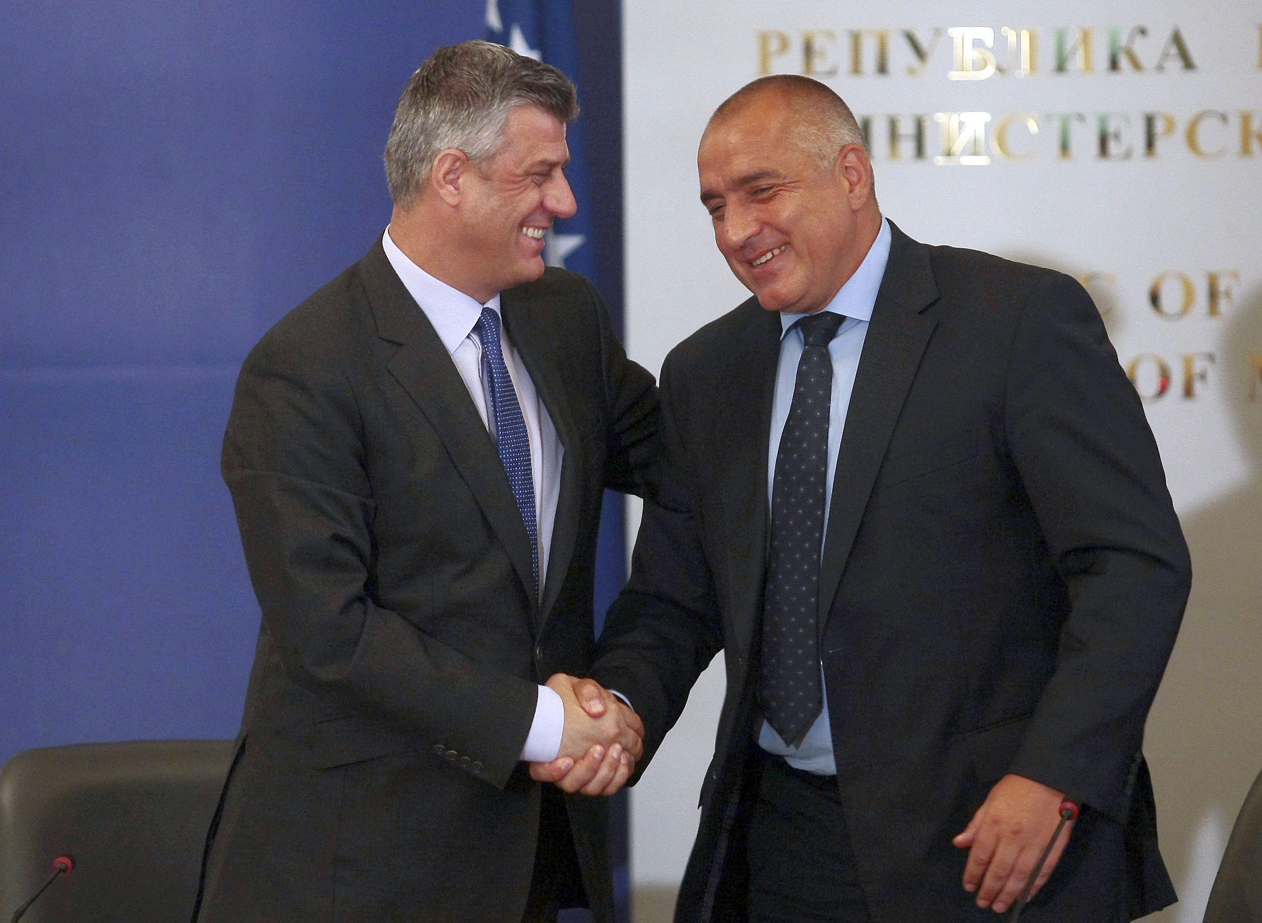 Борисов се закани на Македония заради Спаска Митрова
