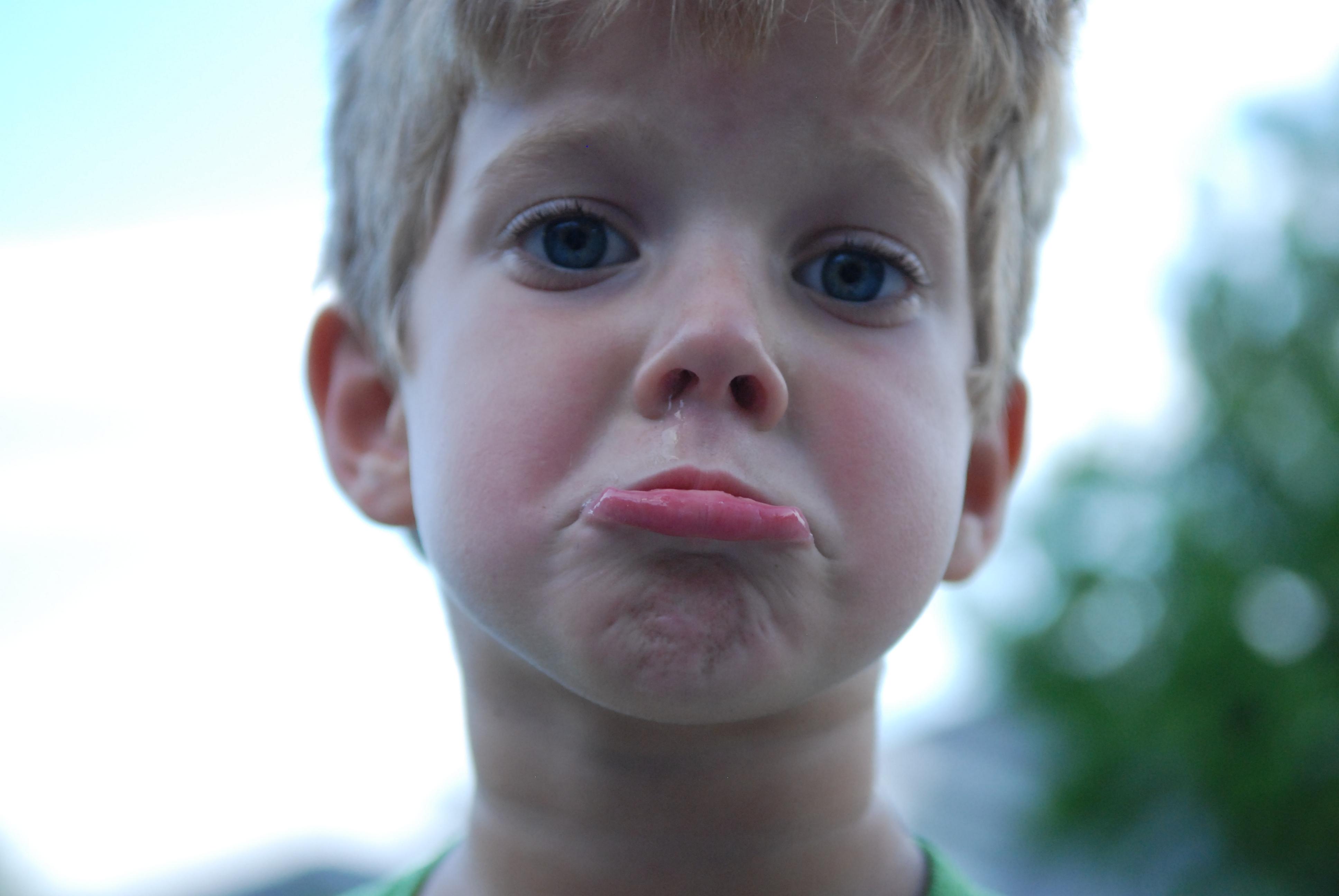 Децата на стресирани майки по-често стават жертви на тормоз
