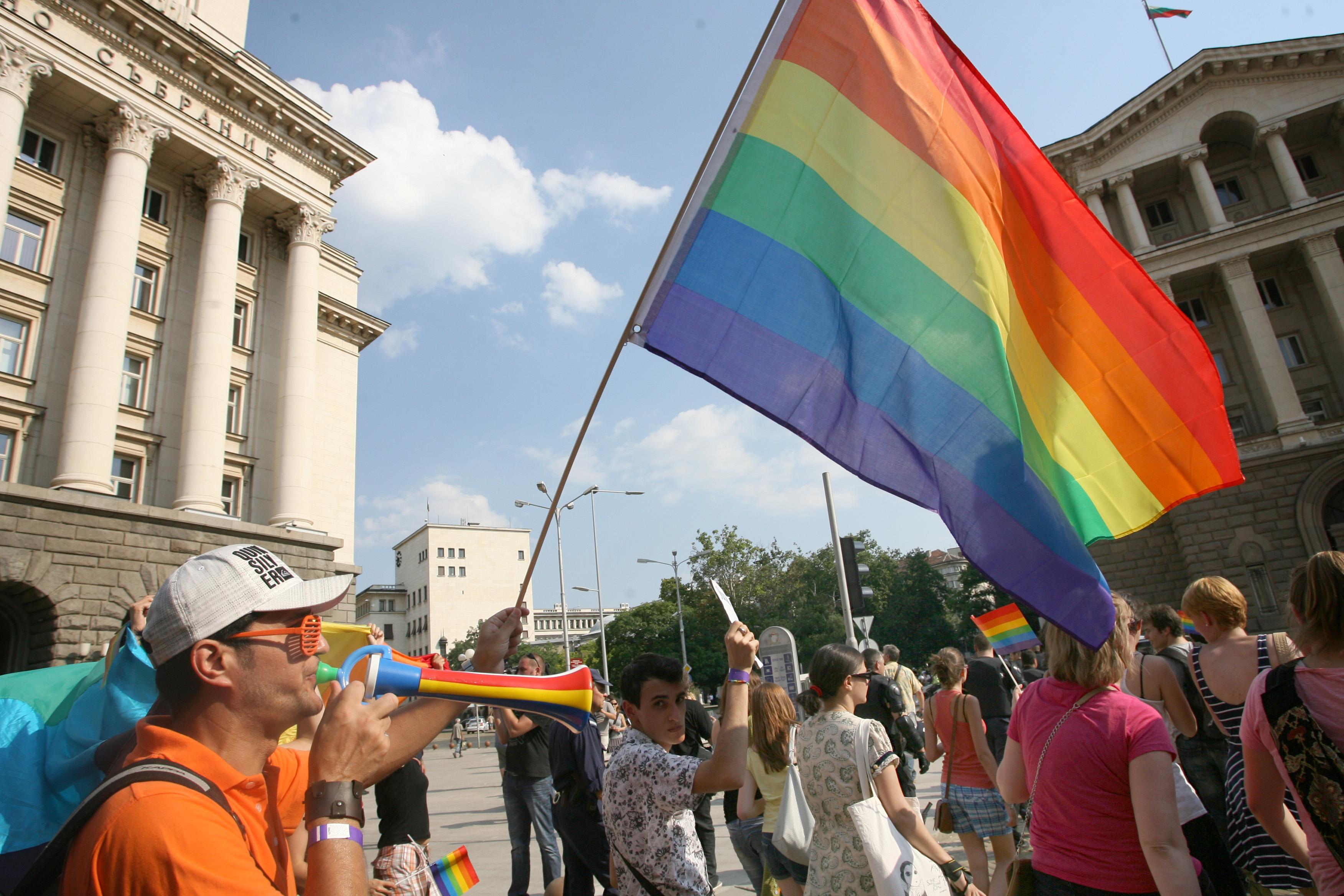 Участник в гей парада бил пребит в центъра на София