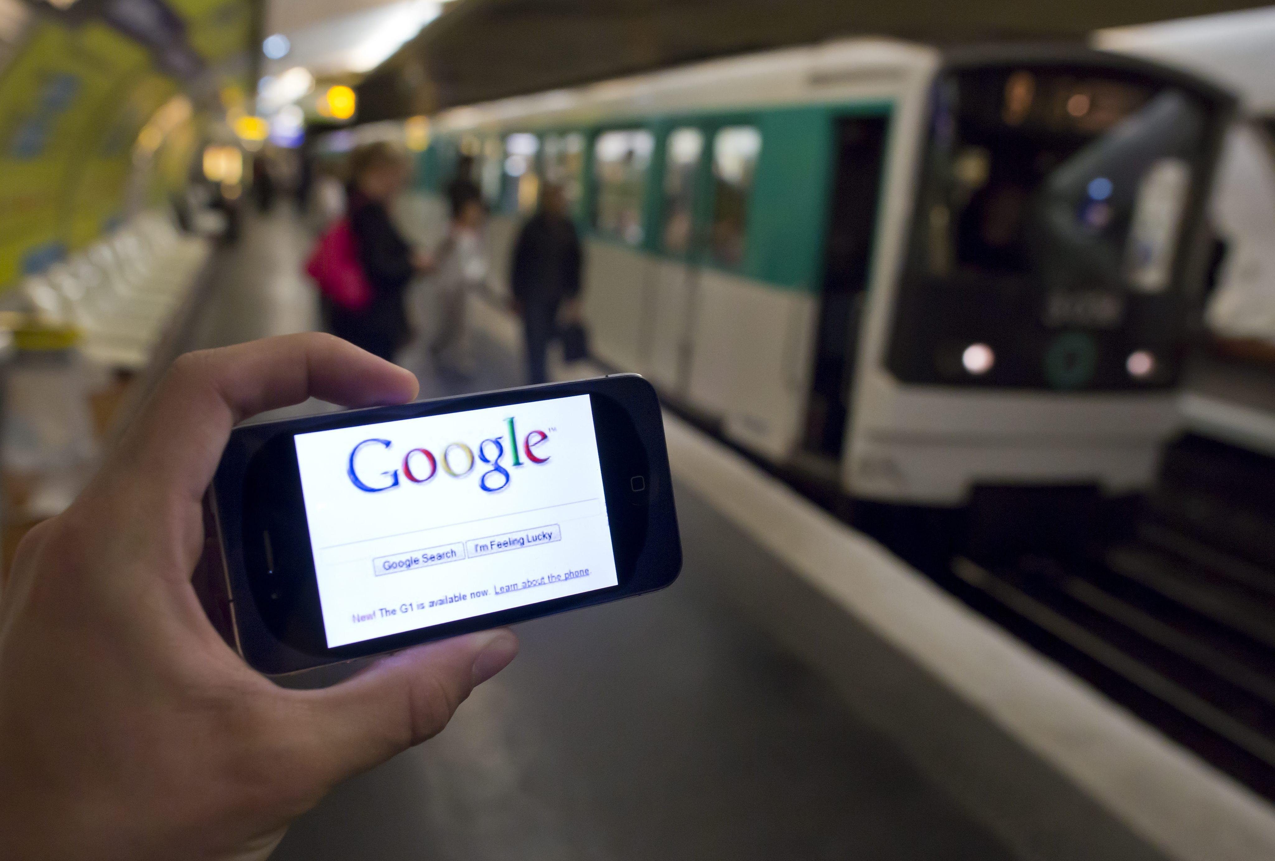 Гласовото търсене на Google превъзхождало Siri