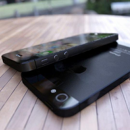 Apple ще представи iPhone 5 на 12 септември