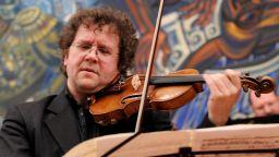 """Веско Ешкенази представя """"Годишните времена"""" от Вивалди и Пиацола с Плевенска филхармония"""