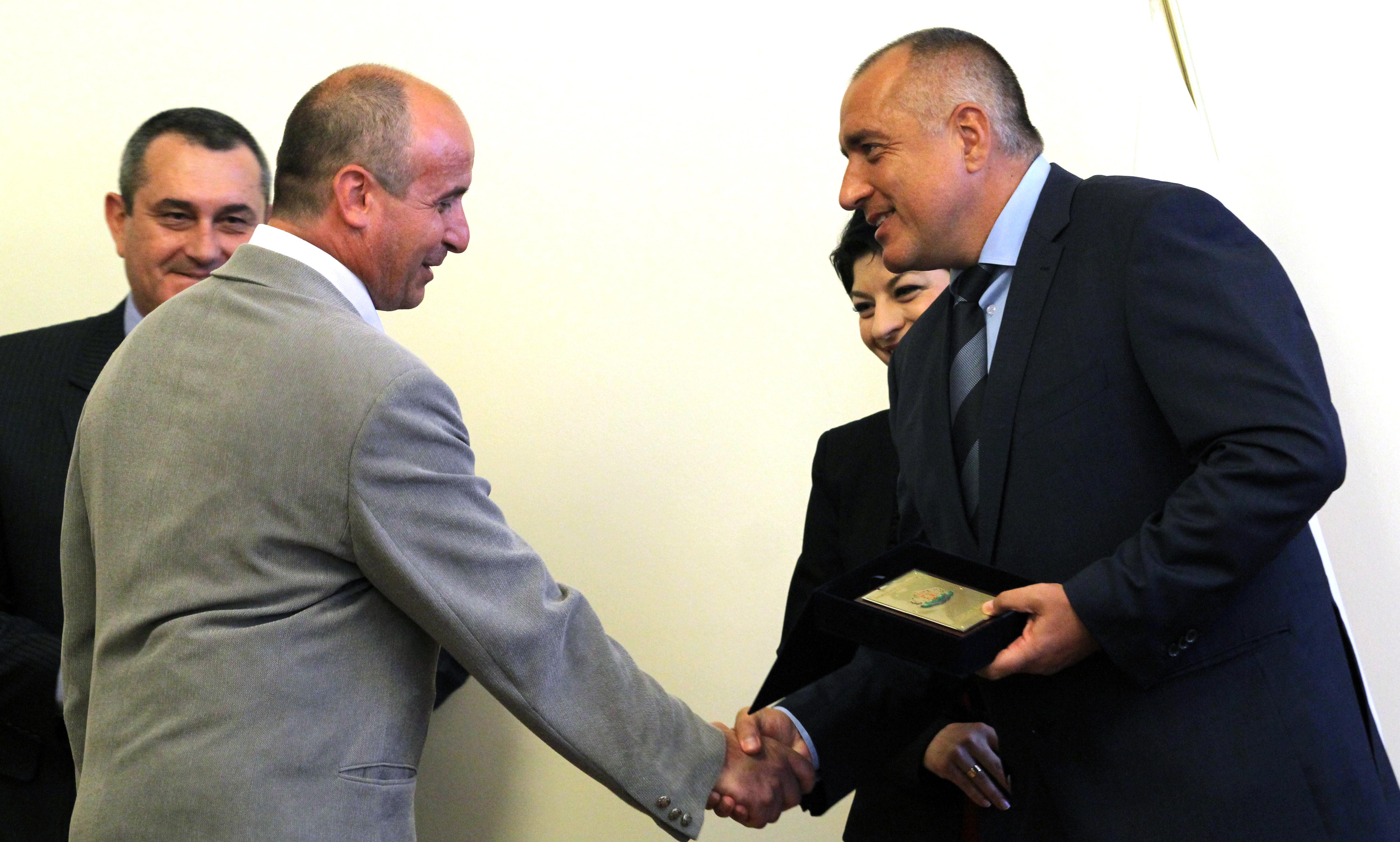 Борисов при награждаването на лекари след атентата: Къде е якият касапин