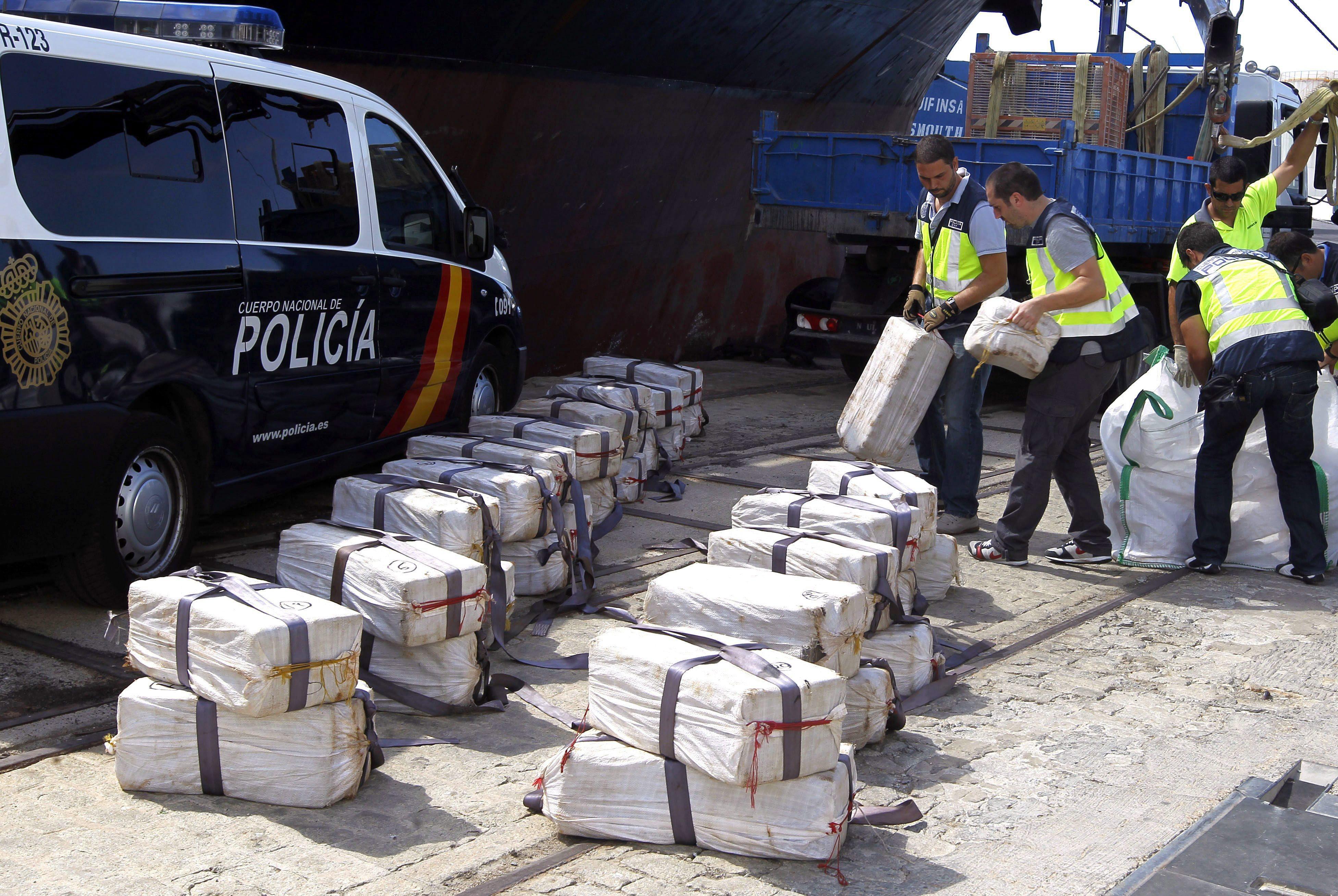 Испанската полиция превзе български кораб с 3 т кокаин