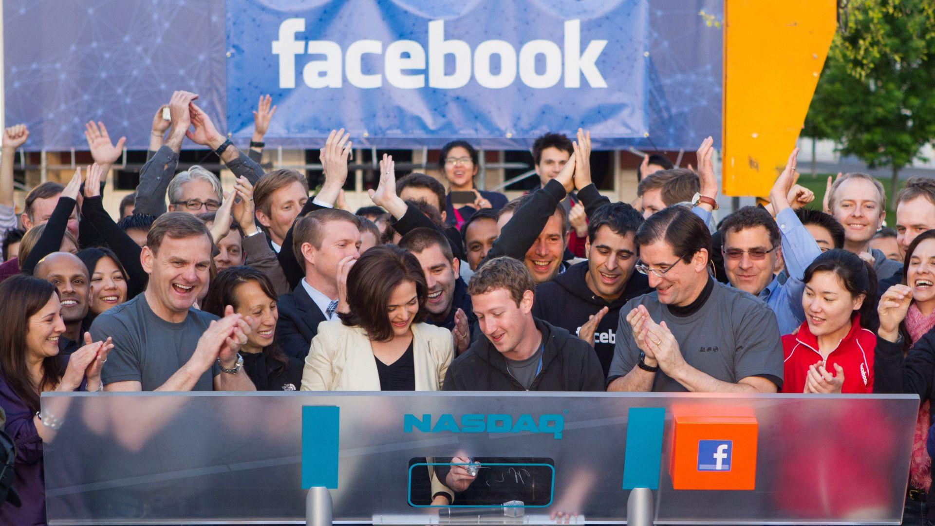 Фейсбук губи популярност сред американските младежи