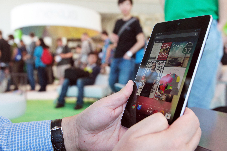 Google Nexus 7 се изправя срещу iPad в Япония