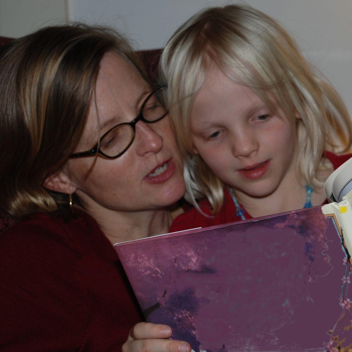 Децата, които растат сред книги, по-късно печелят повече