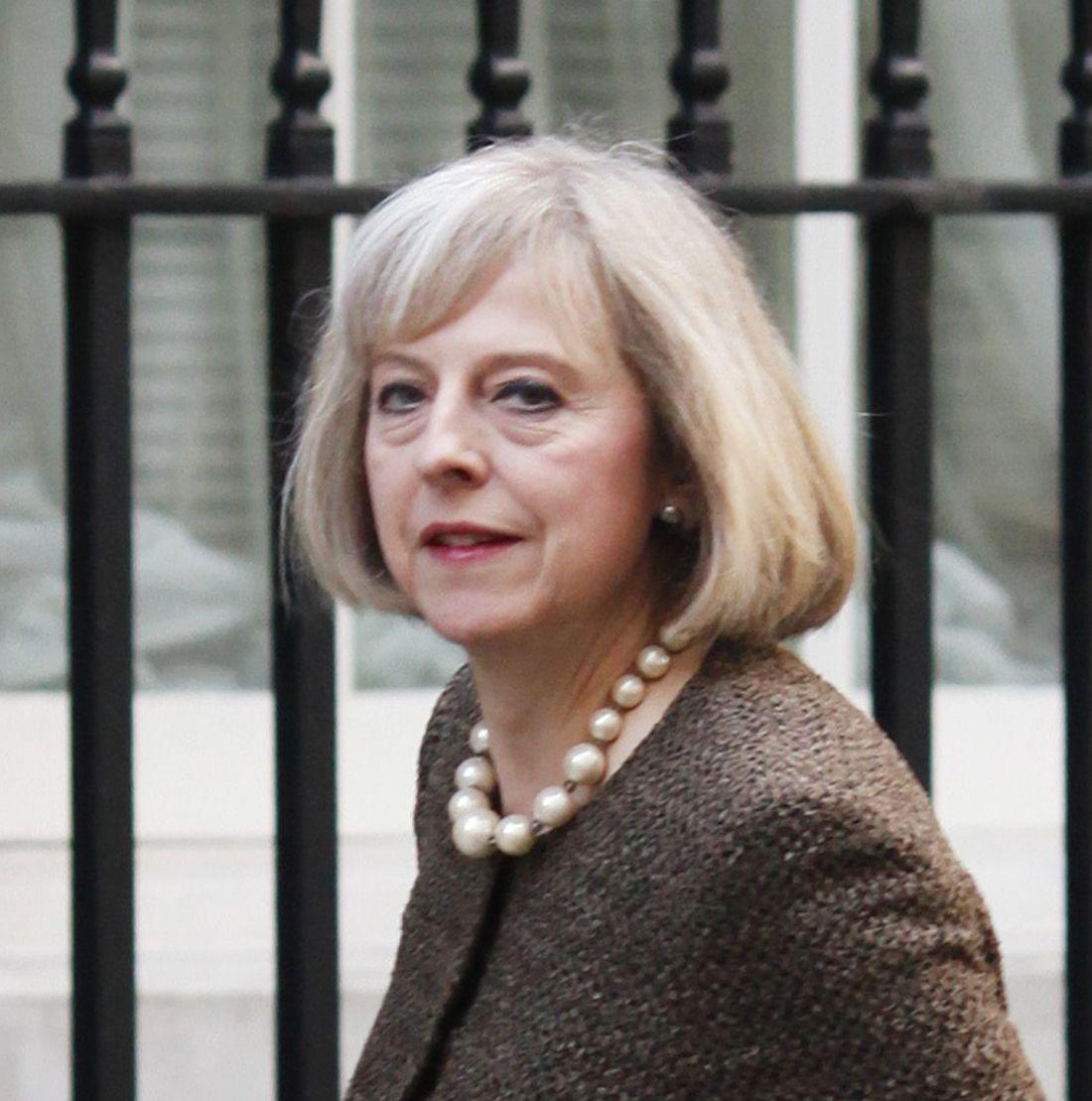 Лондон обмисля ограничения на привличащите фактори за българи и румънци