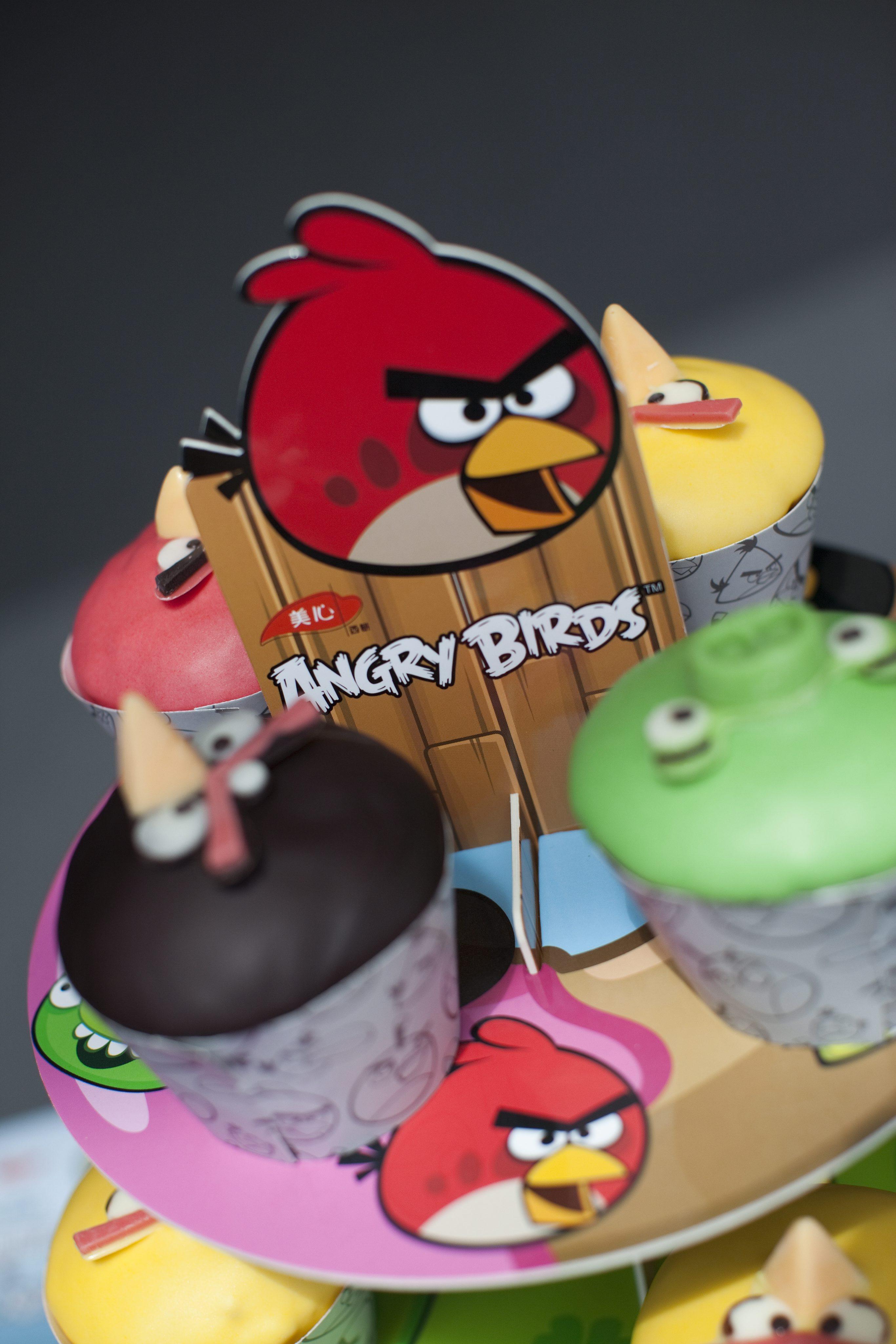 Тайните служби шпионирали и през Angry Birds