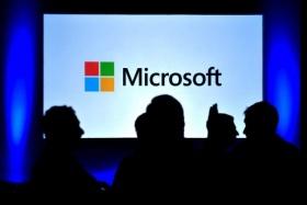 Microsoft планира да купи Dell