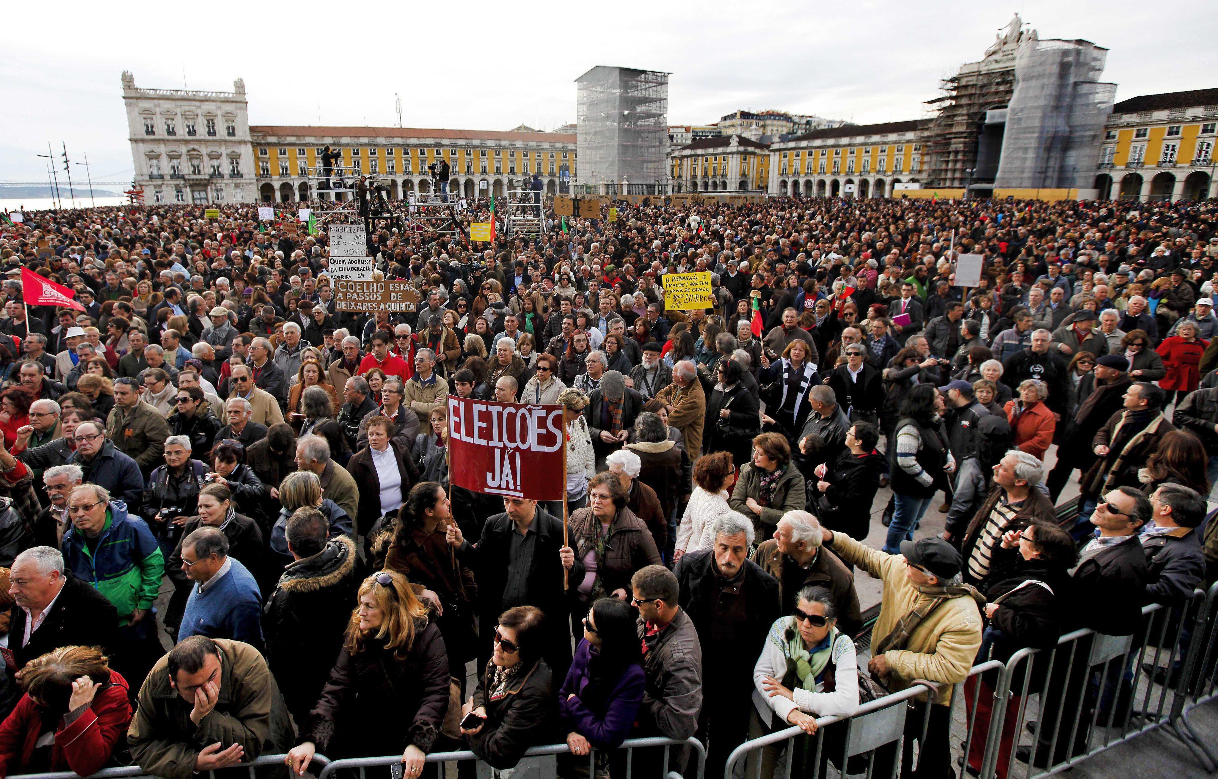 Резултат с изображение за португалия лисабон протести
