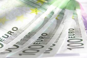 Deutsche Bank и Citi Group се състезават за отпускането на заем на БEX