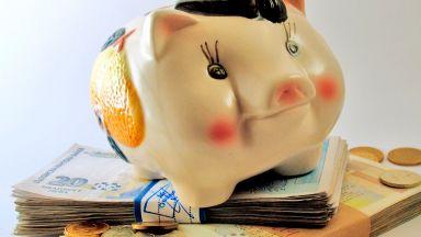 2.64 млн. души осигурени в пенсионните фондове
