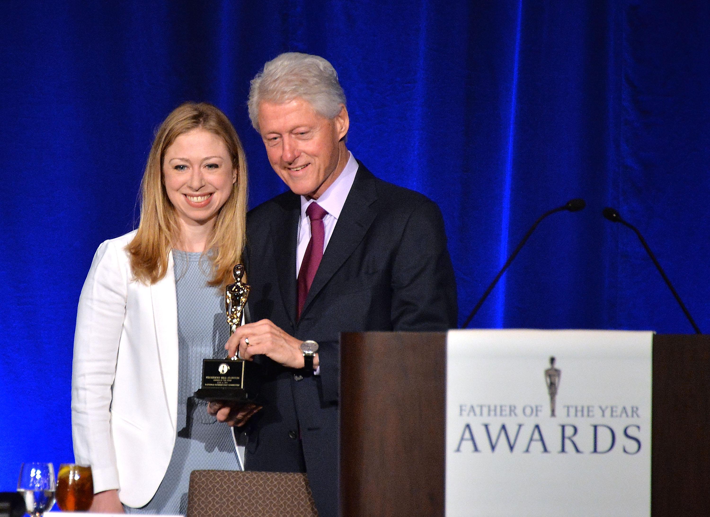 Бил Клинтън стана Баща на годината