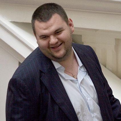 """В писмо до КС Пеевски се оплака, че е """"сатанизиран"""""""