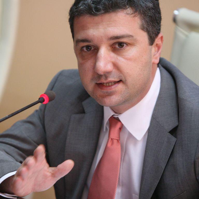 Драгомир Стойнев, депутат от БСП