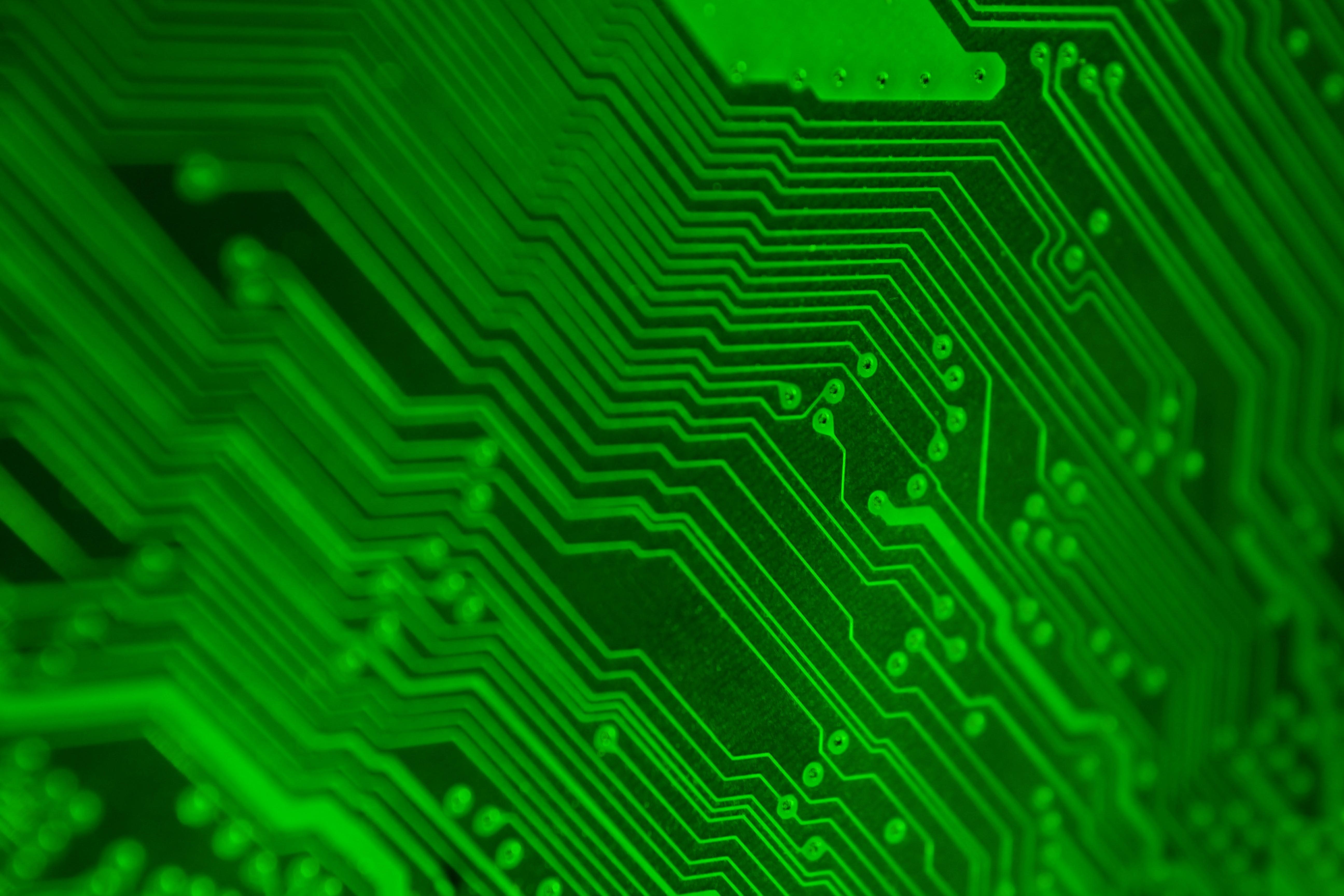 Световен рекорд за най-бърз микрочип: 1 терахерц