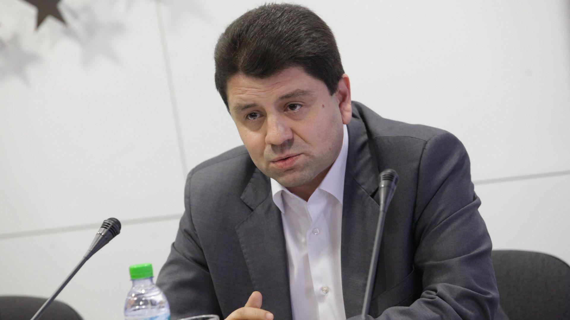 МВР: Не подготвяме заселване на бежанци в Любимец, Малко Търново и Елхово