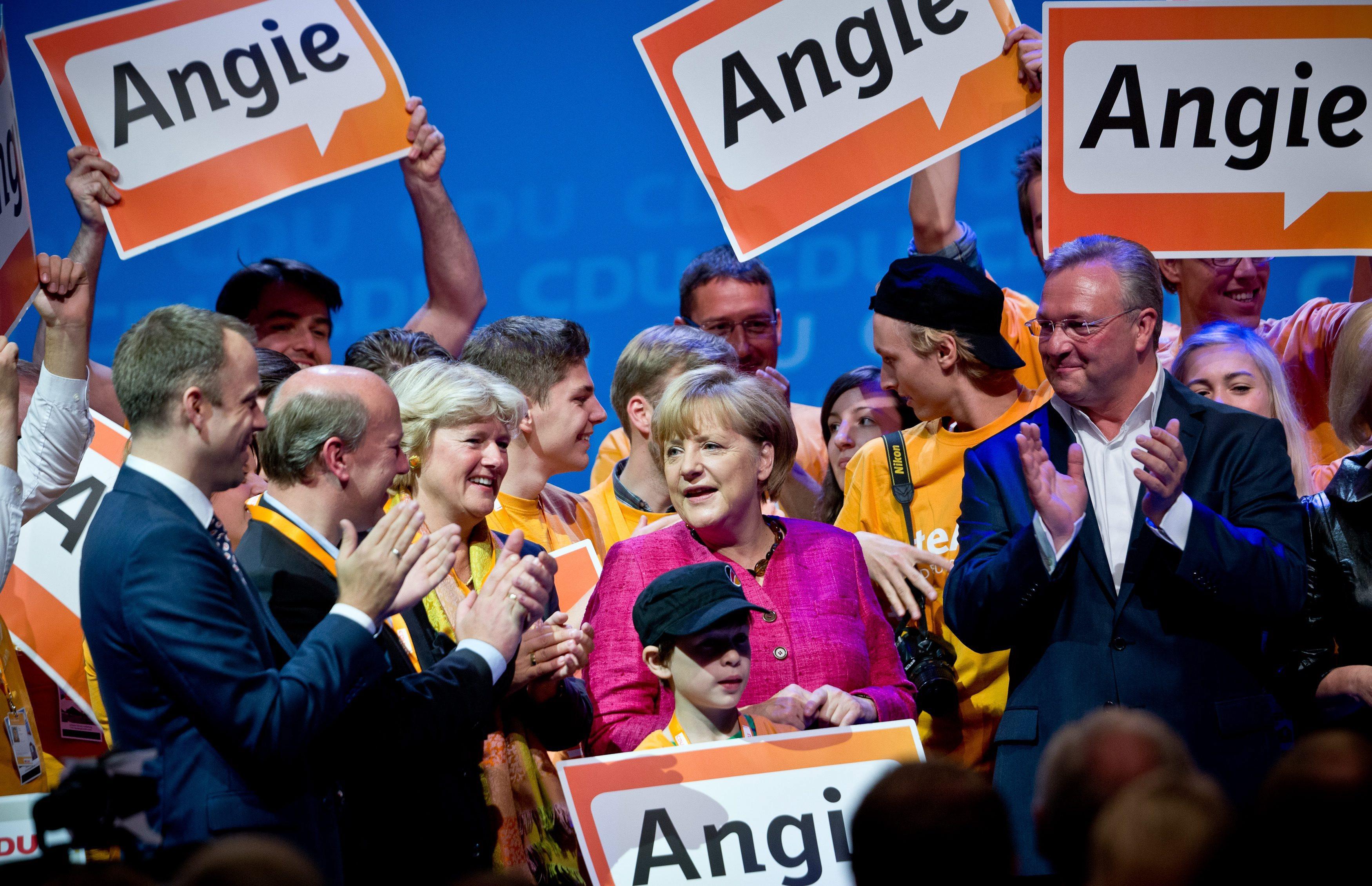 Дайте ми силен мандат, призова Ангела Меркел