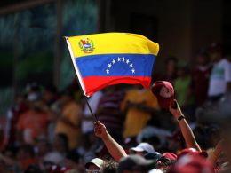 Венецуела вече ще контролира производството на тоалетна хартия