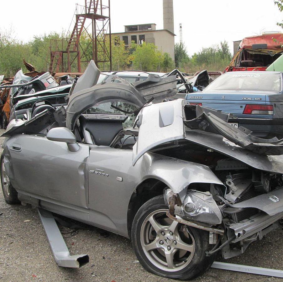 Двама загинаха при катастрофа в Русе (снимки и видео)