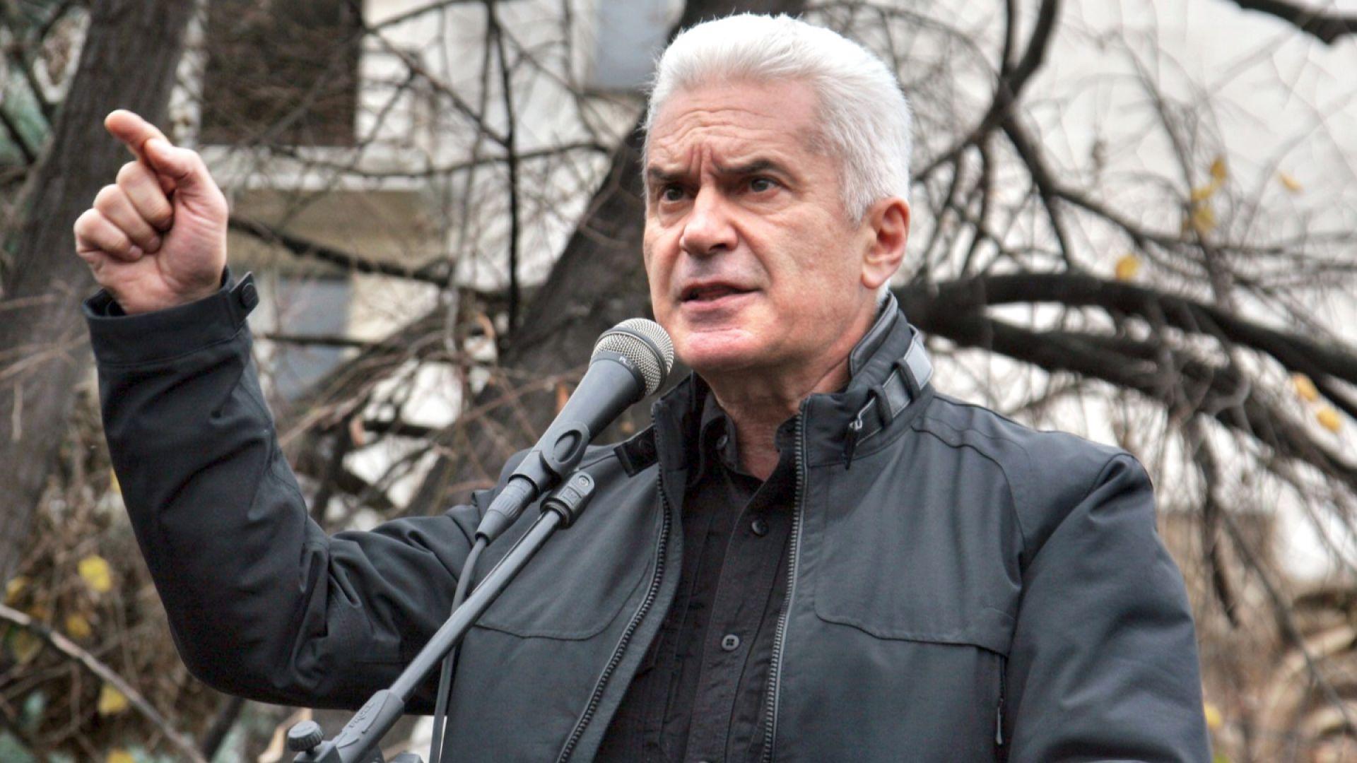 """Сидеров: 13 г. """"Атака"""" е смисъл за много българи"""