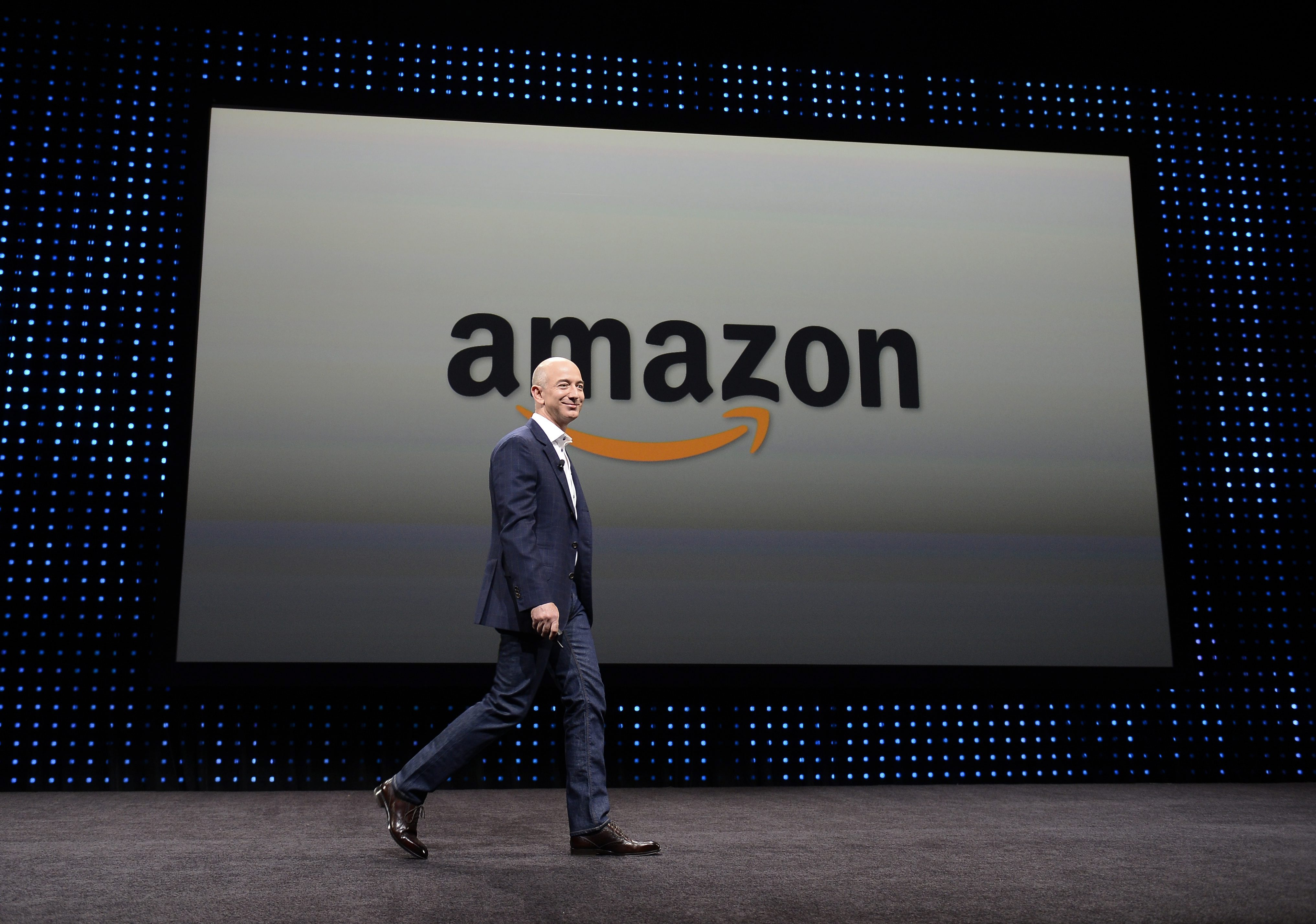 Шефът на Amazon стана 2-ри по богатство в света