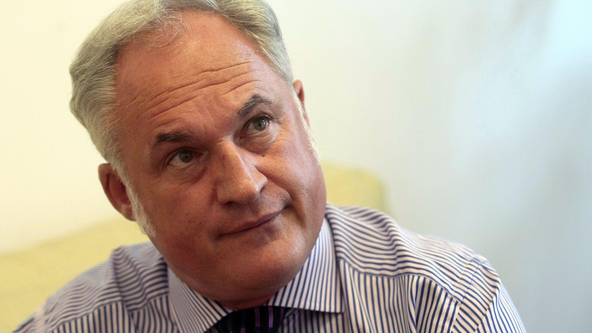 Парамов: От ЕС ще се опитат да ни сменят курса към еврото