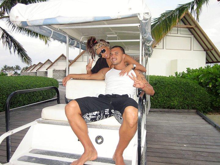 Валери и Николета отново влюбени на Малдивите