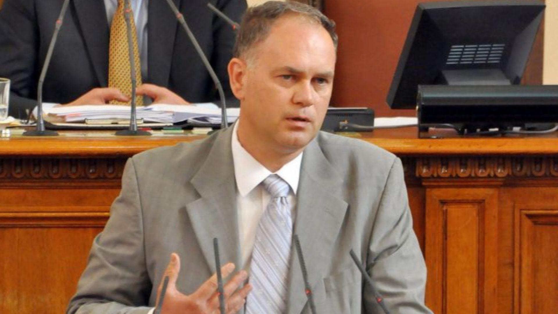 И Георги Кадиев се кандидатира за кмет на София