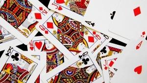 Великобритания забранява използването на кредитни карти при залагания за хазарт