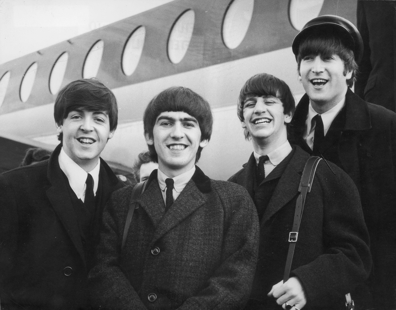 """Режисьорът на """"Властелинът на пръстените"""" прави филм за Beatles"""