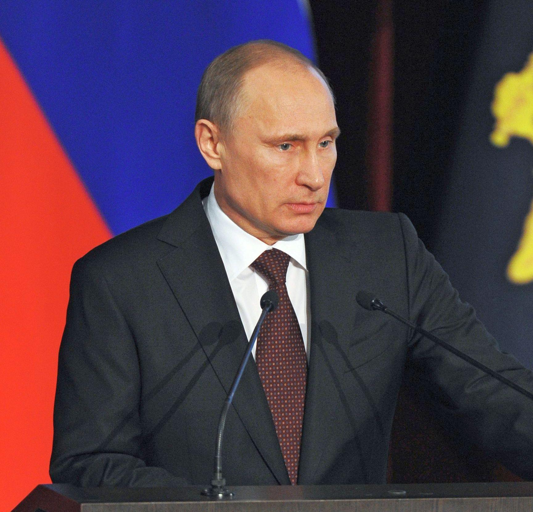 Путин реабилитира кримските татари