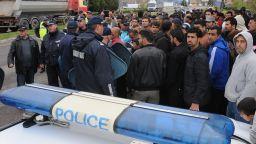 Нов погром в бежанския център в Харманли след скандал между сирийки