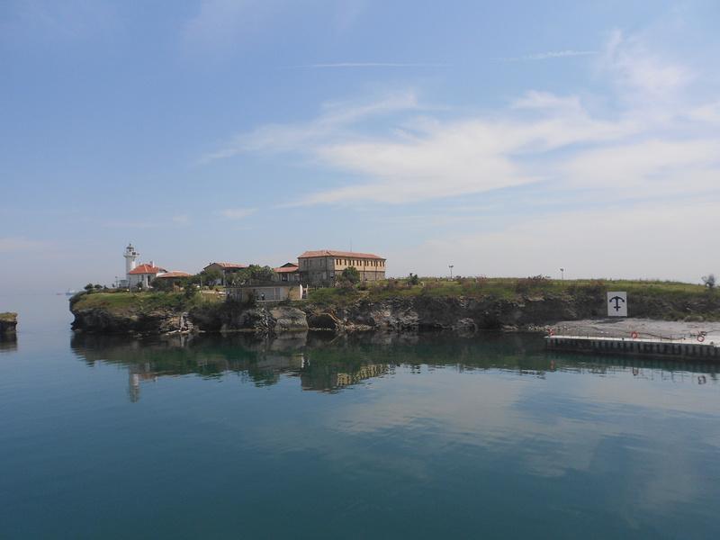 Плувен маратон предстои от о-в Света Анастасия до Бургас