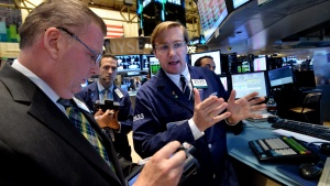 Скок на европейските пазари преди Драги, еврото пада