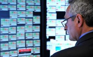 Еврото и акциите падат в Европа