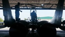 "В авиобазата ""Граф Игнатиево"" тестваха успешно агрегати за МиГ-29"