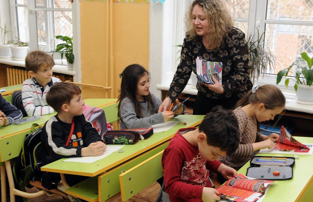 Най-големият дефицит на учители ще е след 5-15 г.