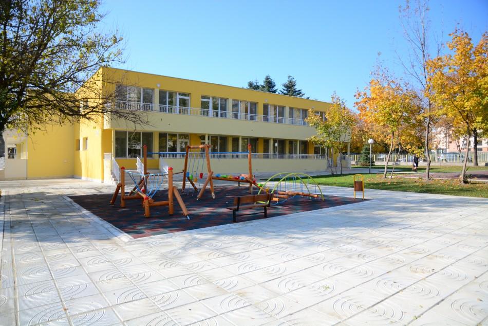 Училищата и детските градини са готови за зимата