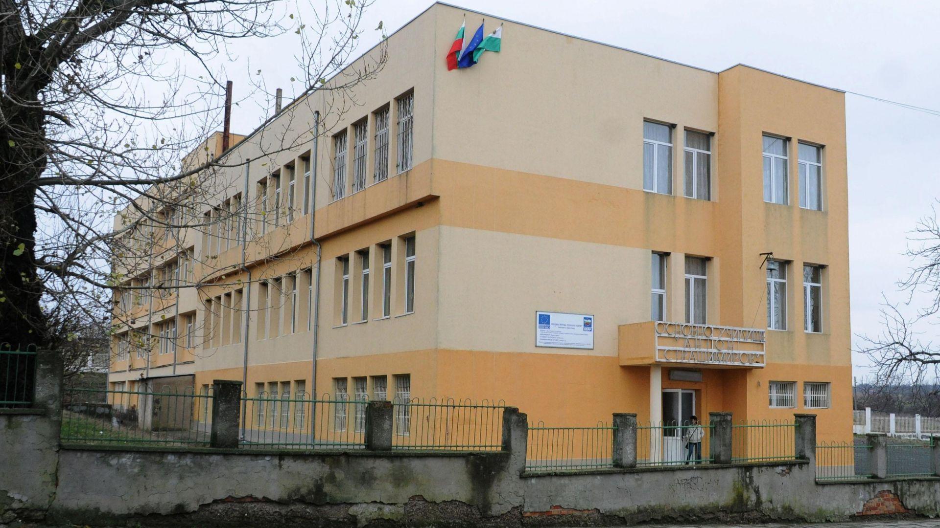 Четвърти ден продължава издирването на двамата избягали от затвора молдовци.