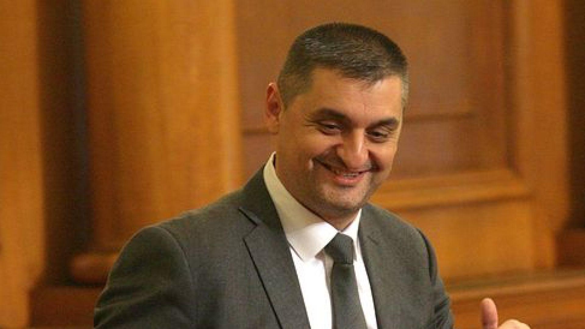 Кирил Добрев: Избирателят е вече като сезонен работник