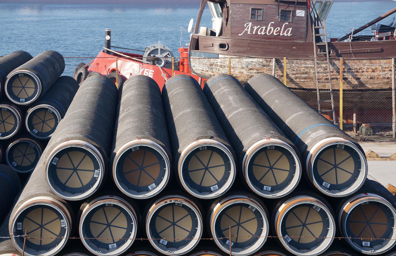 Съседите ще споделят газ при криза, ЕК ще следи договорите